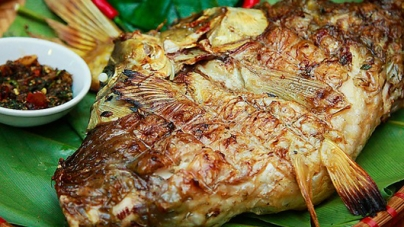 Cách làm cá nướng mắc khén hạt dổi rừng